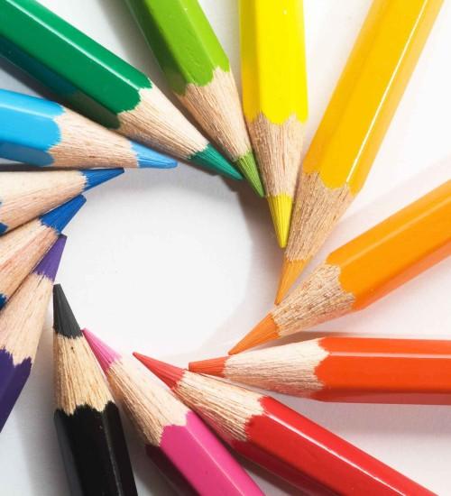 Colored-pencils-pencils-22186520-2560-1702